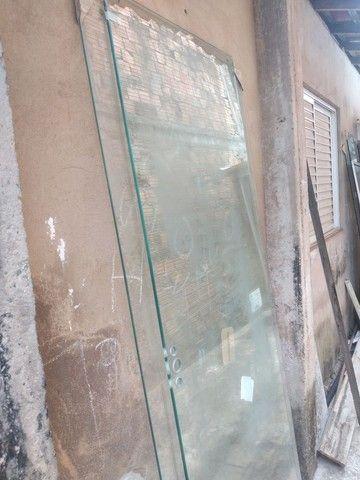 Porta de vidro 300 reais cada de correr - Foto 2