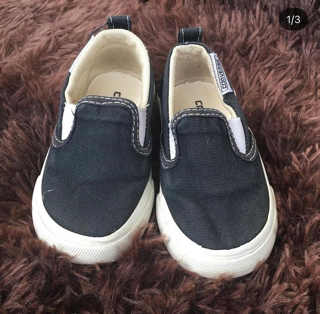 Sapatênis preto tamanho 24