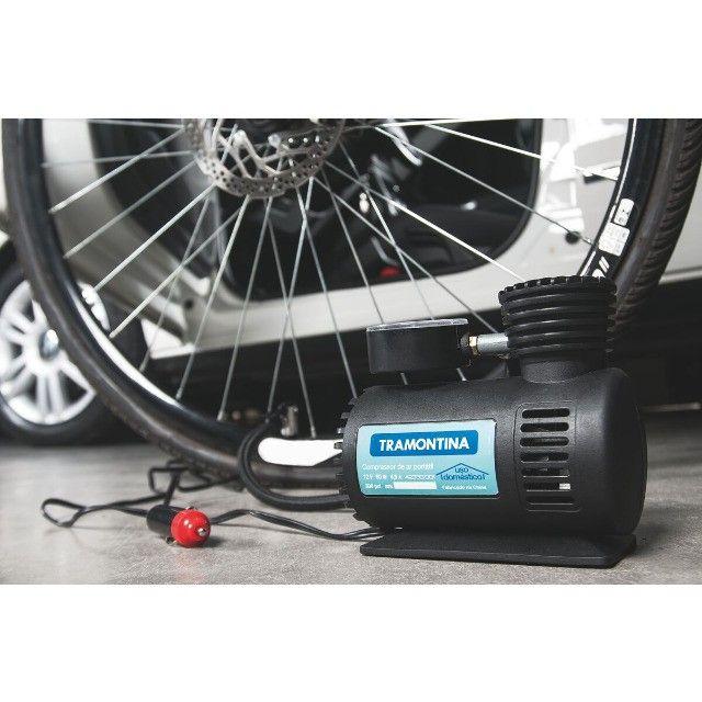Compressor de Ar Portátil Tramontina 12V para Carros 300 psi 50W - Foto 2