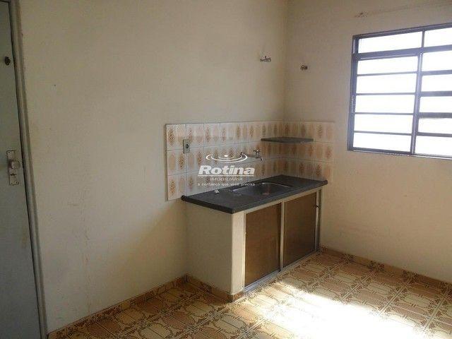 Apartamento para aluguel, 3 quartos, 1 suíte, 1 vaga, Nossa Senhora Aparecida - Uberlândia - Foto 3