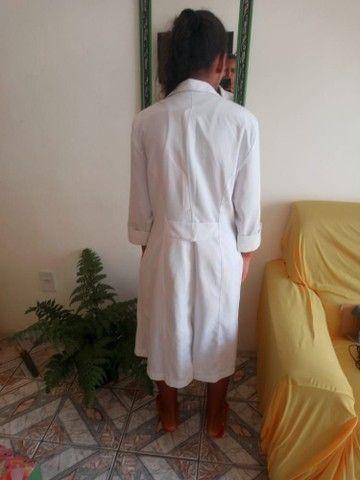 Vendo Jaleco Branco  - Foto 2