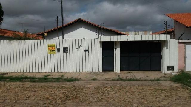 Vende-se casa na Morada do sol próximo a praça