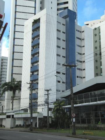 Excelente apartamento em Parnamirim, 105 m², 03 qt (1 ste), vagas soltas, 450m da jaqueira