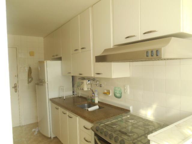 Rua Souza Franco, apto 02 dormitórios , dependência , varanda e vaga escriturada - Foto 16