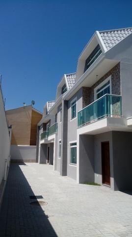 Excelentes Sobrados Tríplex em Condomínio - Pinheirinho - Apenas 4 unidades internas