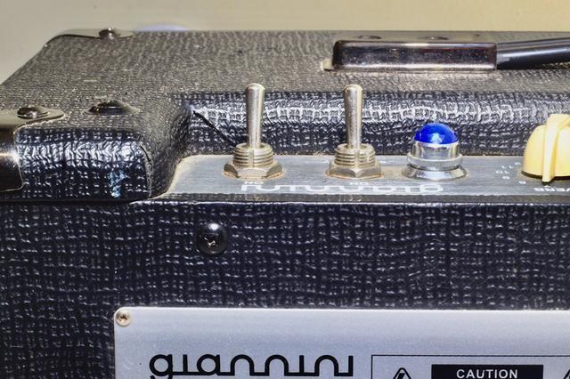 Amplificador Giannini Classic T (20w valvulado) - Foto 5