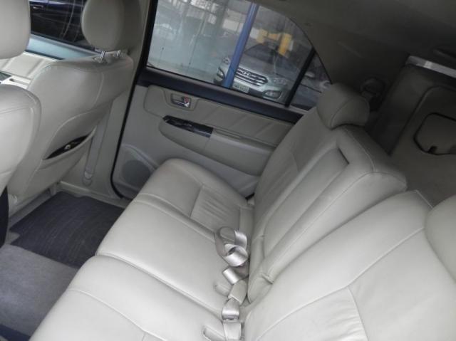 Toyota Hilux sw4 srv 4x4 4P - Foto 5