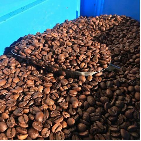 Café torrado em grãos 100% arábica 10 kg - Foto 5