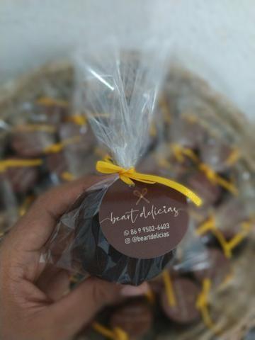 Cesta com chocolates - Foto 4