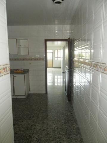 Apartamento com 03 quartos em Viçosa MG