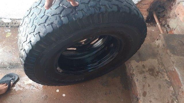 Roda completa com pneu meia vinda melhor marca! - Foto 3