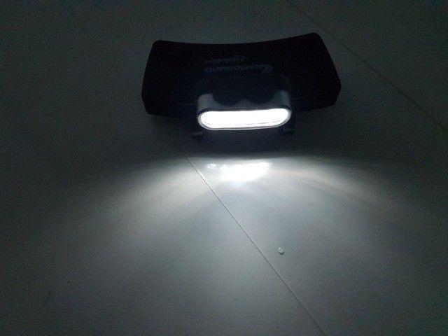 Lanterna Carbografite 5 leds já vem com as pilhas - Foto 4