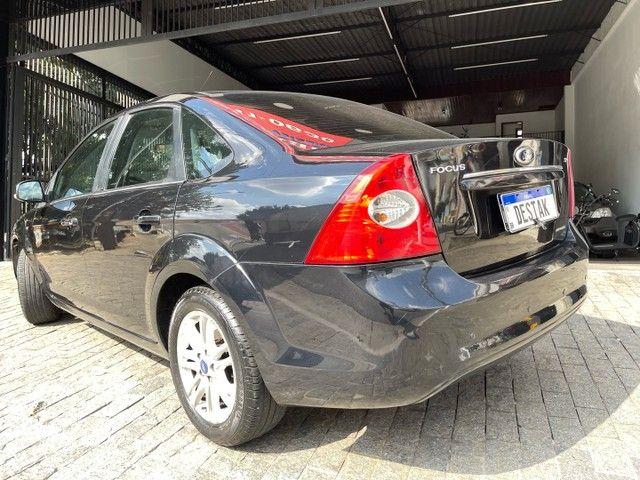 Focus Glx sedan 2.0 Flex aut - Foto 2