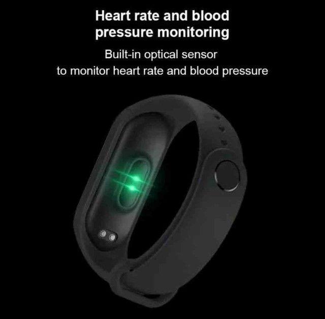 Smartband m5 monitoramento: calorias, pressão e batimentos  - Foto 2