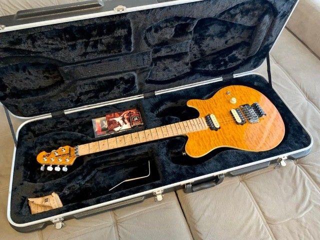 Guitarra Music Man Axis Trans Gold, EVH, em excelente estado! - Foto 2