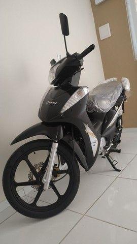 Avelloz Az1 modelo 2021