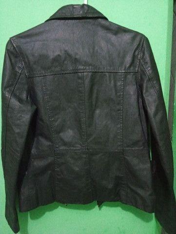 Jaqueta de couro legítimo. Tamanho P - Foto 2