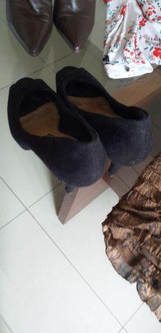 Vendo vestido,camisa  e calçados  - Foto 3