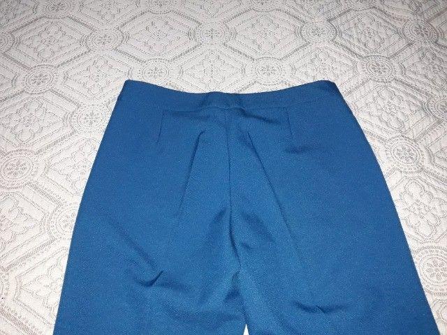 Conjunto azul, calça e blusa - Foto 3
