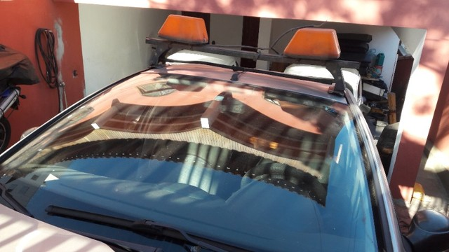 Giroflex do carro de escolta. - Foto 2