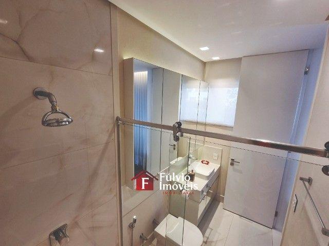 EXCLUSIVIDADE! Casa Luxuosa, Dentro de Condomínio de Alto Nível, 4 Suítes, Lazer Completo  - Foto 15