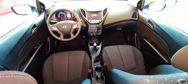 Impecável Hyundai HB20 1.0 completo e com 1 ano de garantia - Foto 13