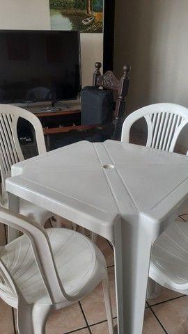 Conjunto 4 cadeiras + mesa Tramontina Novas