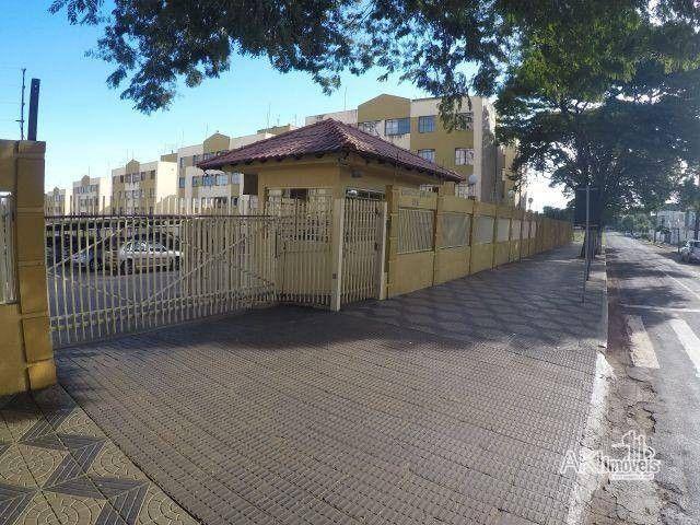 Apartamento com 3 dormitórios para alugar, 64 m² por R$ 900,00/mês - Zona 08 - Maringá/PR - Foto 15