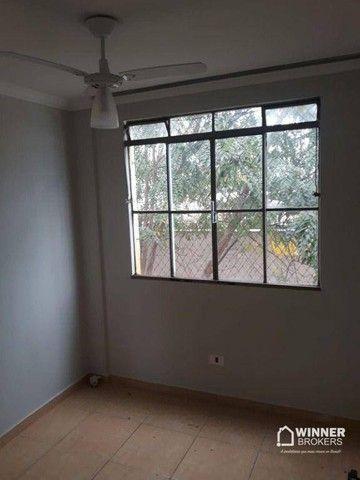 Apartamento com 3 dormitórios para alugar, 64 m² por R$ 900,00/mês - Zona 08 - Maringá/PR - Foto 5