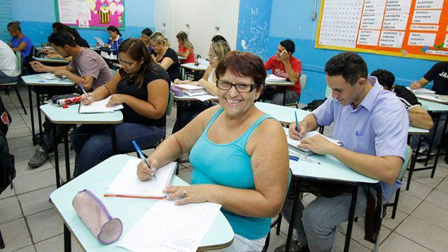 Aulas de Português para Adultos
