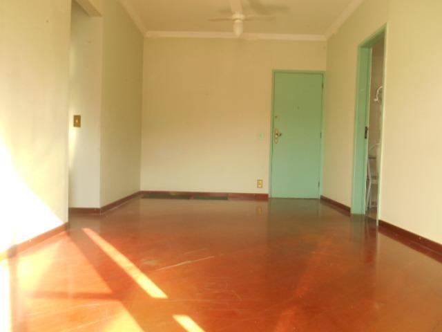 Rua Souza Franco, apto 02 dormitórios , dependência , varanda e vaga escriturada - Foto 3