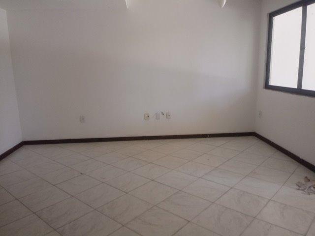 Casa de condominio para locação perto do farol de itapua, 3/4 suite, piscina, nascente - Foto 6