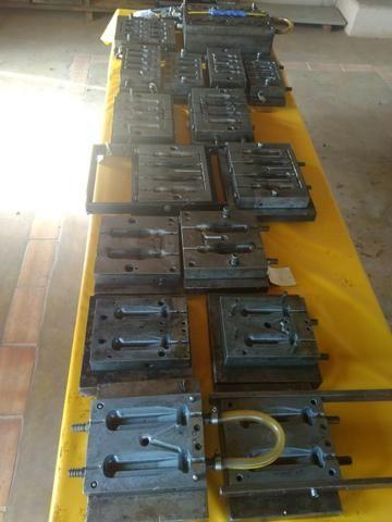 Moldes para injeção de cabos de ferramentas - Foto 3