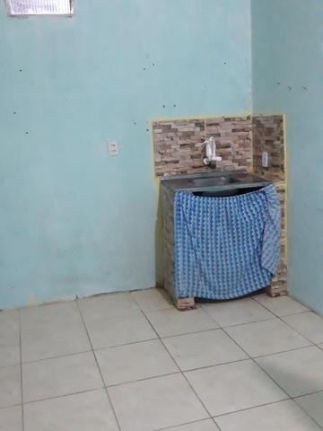 Aluga-se kitnet com 2 quartos - Foto 3