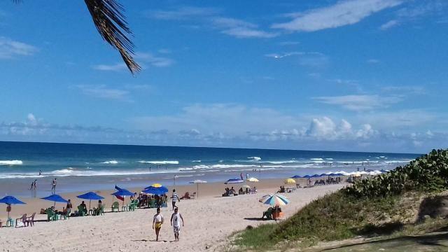 """""""Praia do Flamengo - Alugo Village Maravilhoso 3 quartos"""
