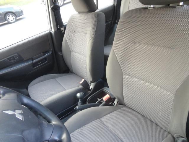 Mitsubishi Pajero tr 4 aut 4x4 - Foto 9