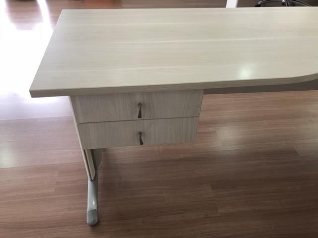 Mesa de Escritório Usada (tamanho médio) - ref.02 - Foto 5