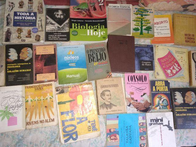 33 livros ...preço oportunidy imperd...  - Foto 2