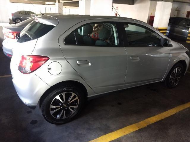 Chevrolet onix em perfeito estado, 4 pneus novos, único dono, nunca foi batido pago
