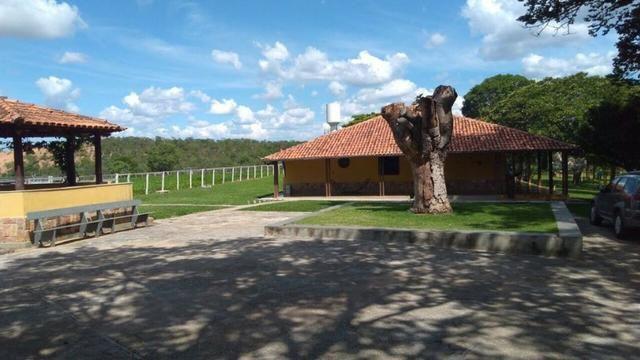 Fazenda 86 hec de área com ótima topografia, piscina em Inimutaba/MG - Foto 2