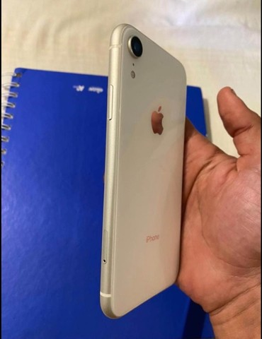iPhone XR com película do 11 - Foto 3