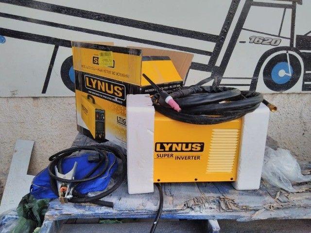 Tig 200 nova  com gás só foi usada pra testar pode ser usada como solda elétrica também - Foto 2