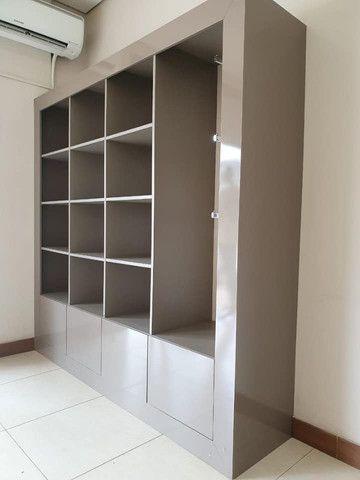VENDO URGENTE Móvel caixa + Estante de nichos - Foto 6
