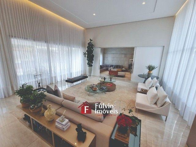EXCLUSIVIDADE! Casa Luxuosa, Dentro de Condomínio de Alto Nível, 4 Suítes, Lazer Completo  - Foto 18