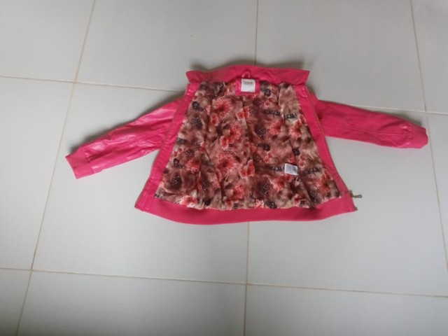 Jaqueta de coro rosa feminina para criança. - Foto 3