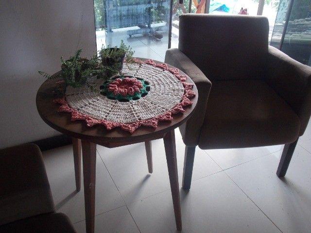"""Toalha em crochê redondo """" bico de papagaio"""" - Foto 4"""