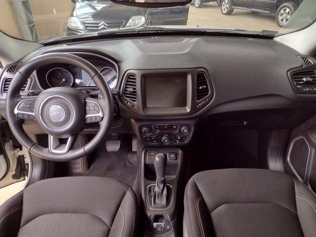Jeep Compass Longitude 2.0 Automático - Foto 11
