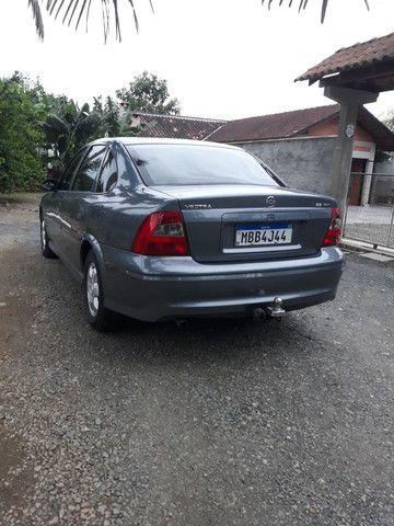 VECTRA MILÊNIO 2.2 Zero Lacrado ,Troco por carro mais novo ou carro financiado  - Foto 2