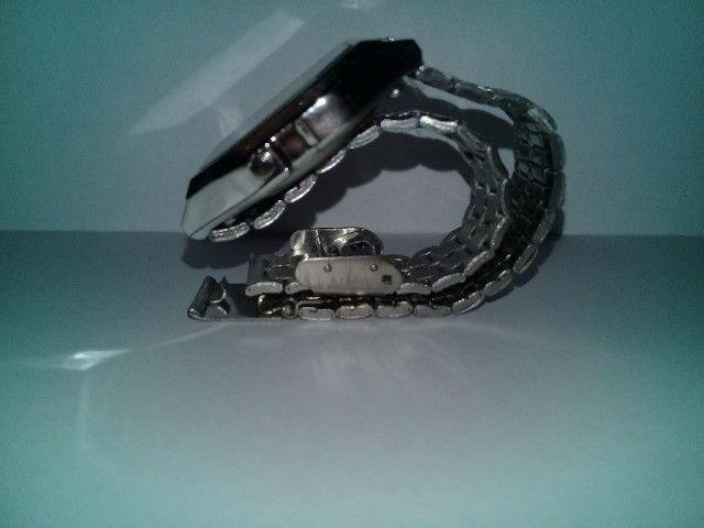 Relógio Casio-illuminator-prata-unissex-promocional - Foto 2