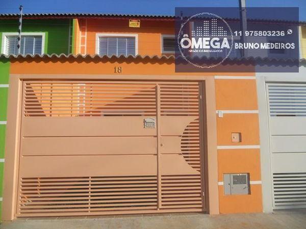 Casa sobrado com 2 quartos - Bairro Jardim Nápoli I em Itaquaquecetuba